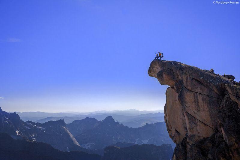 Вершина, Горы, Ергаки, Небо, Пейзаж, Природа, Скалы Зуб Драконаphoto preview