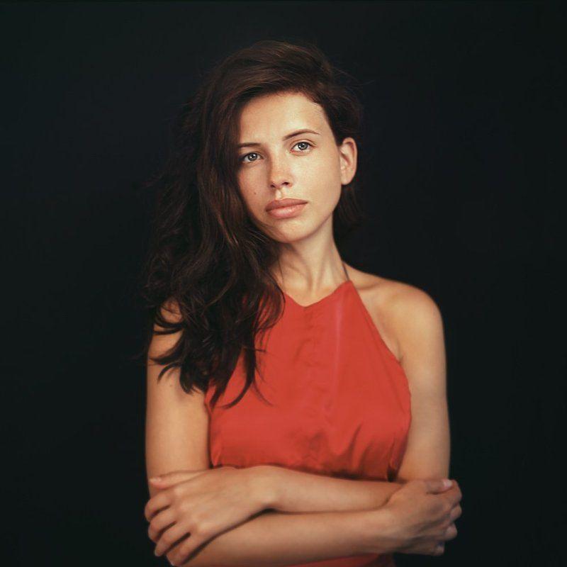 markavgust, film, ukraine, girl, woman, ektar, 100, 120, 6x6, bronica портрет девушкиphoto preview