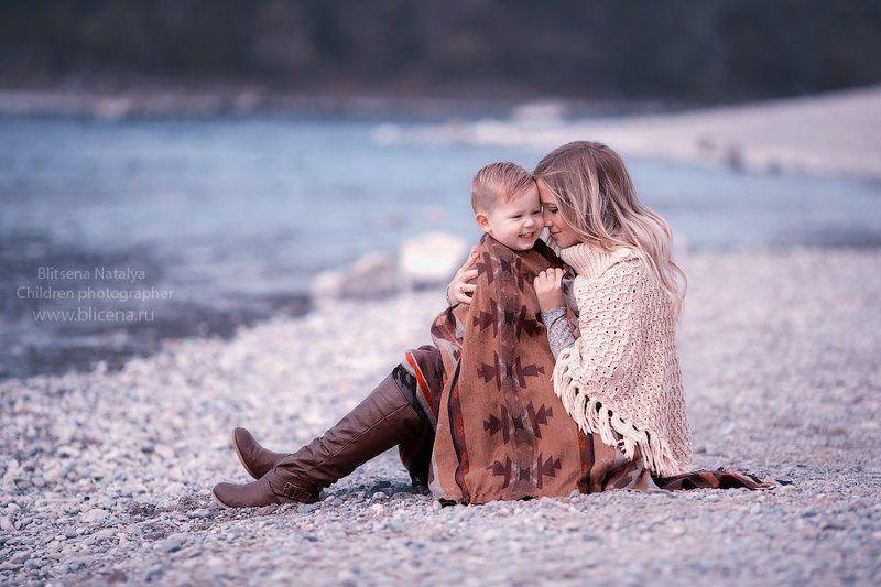 Берег, Девушка, Море На берегуphoto preview