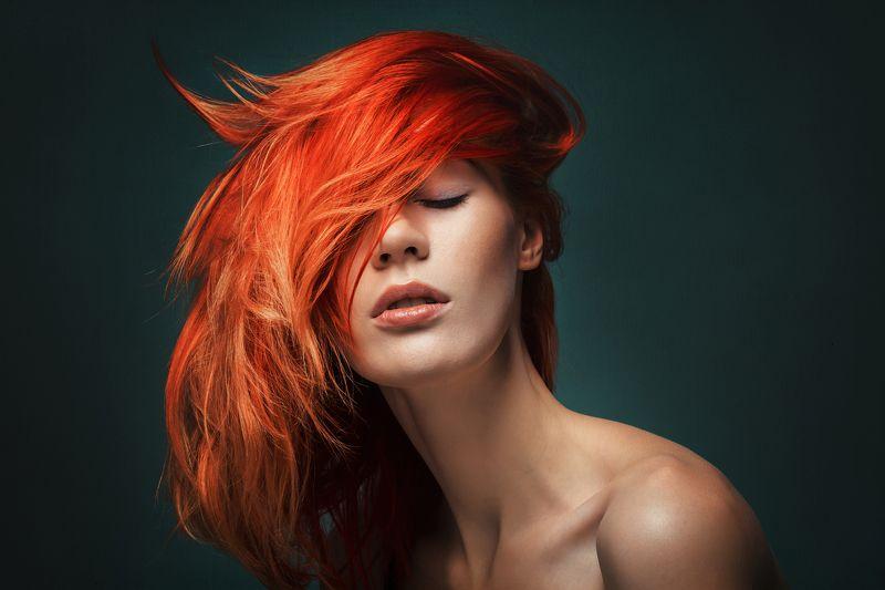 портрет девушка студия рыжая Агатаphoto preview