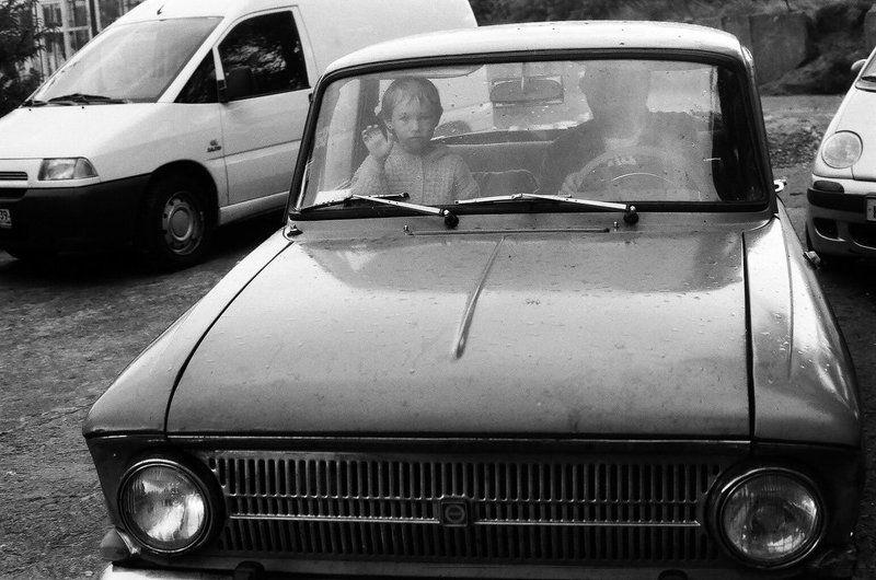 девочка, дедушка, машина Пока!photo preview