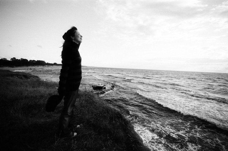 девушка, море, ожидание ***photo preview
