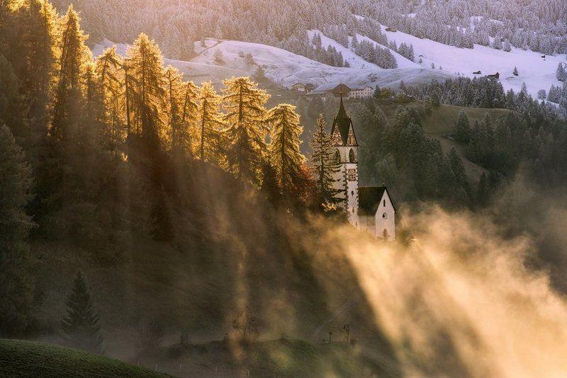Alpen, Alpia, Alps ,Alta badia, Autumn, Autumn colors, Autumn forest, Autumn landscape, Dolomiten, Dolomites, Dolomiti, Italia, Italien, Italy, Südtirol, beautiful, beautiful place, church, first snow, la walle, meadows, mountains, rays, snow, sunrise, s Dolomitesphoto preview