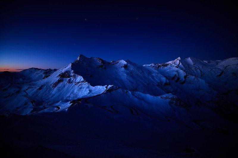 großglockner hochalpenstraße österreich austria mountains moon sunrise Mightinessphoto preview