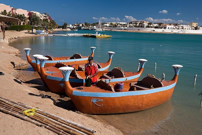 египет, эль-гуна, красное море, египетская венеция, пейзаж, путешествия Египетская Венеция. Гондольер.photo preview