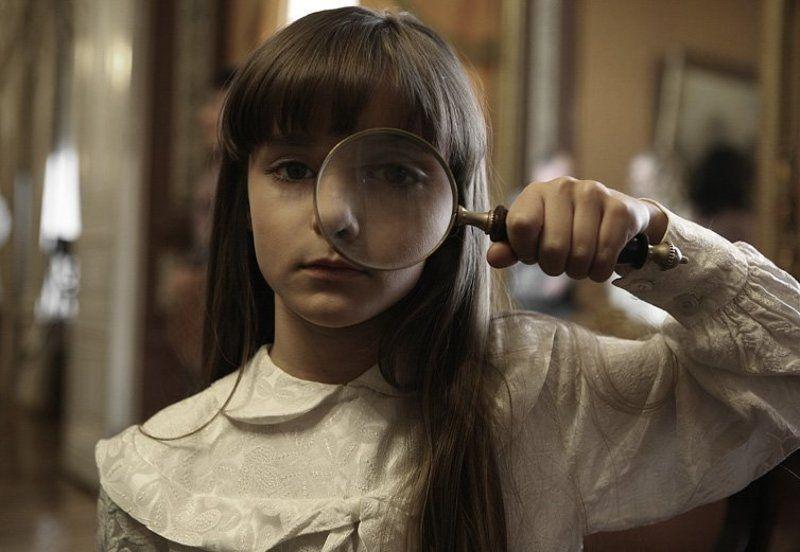 софия руснак, ребенок, девочка, детсво, лупа готикаphoto preview