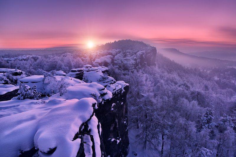 Czech republic, Ore mountains,  Elbe Sandstone,  Elbe Sandstone Mountains, travel, beautiful place, frost, frosty morning, snow, sun, sunrise, valley, tissa, fog, mist, trees, winter  Frosty morningphoto preview