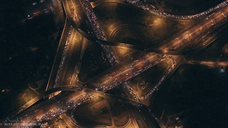Ночные дороги Москвыphoto preview