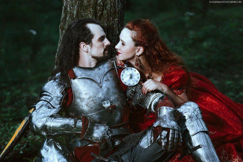 бальное, белый, влюбленные, всадник, дама, девушка, доспехи, дремучий, женщина, конь, красный, леди, лес, лошадь, любовь, мрачный, мужчина, пара, парень, платье, принц, принцесса, прогулка, пышное, рыцарь, сказка, сказочный, средневековый Рыцарь и дама сердцаphoto preview