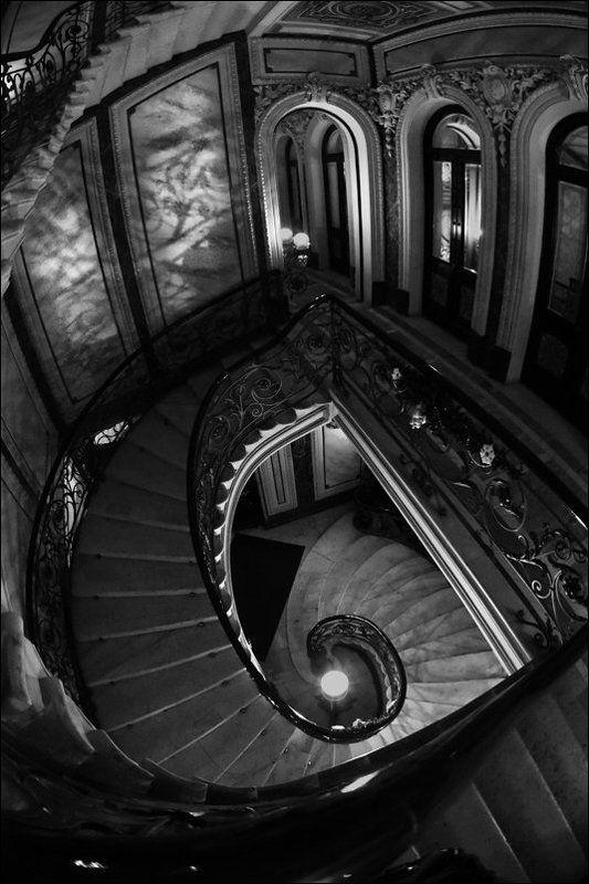 Лестница, Линии, Форма, Чёрно-белое Парадная лестницаphoto preview