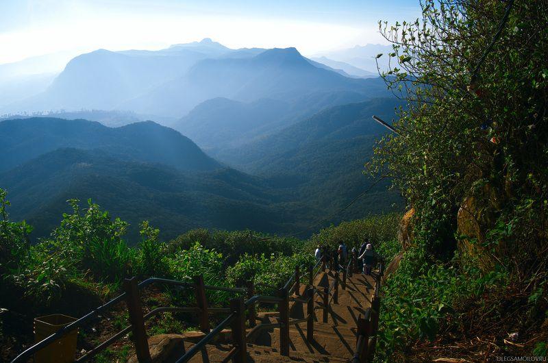 ШриЛанка, Пик Адама, шарипада, путешествия, дом монаха Спуск с горы Адамаphoto preview