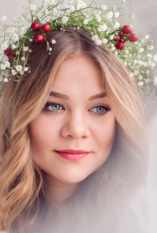 Anna Bazhenovskaya, Russia