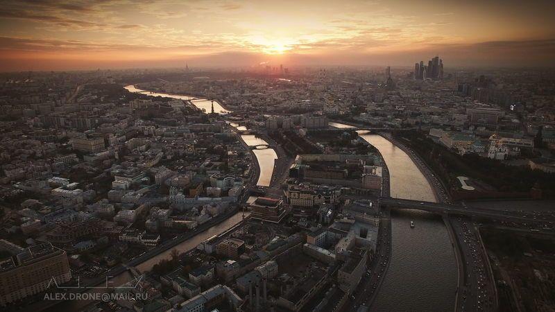 Эпично над Москвой №2photo preview