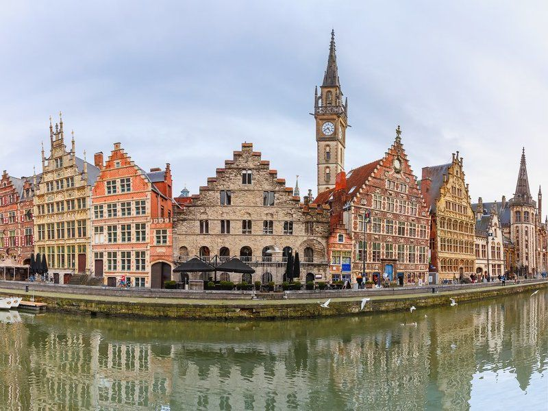Гент, Бельгия,Коренлей, река, Лейе, набережная Панорама Гентской набережнойphoto preview