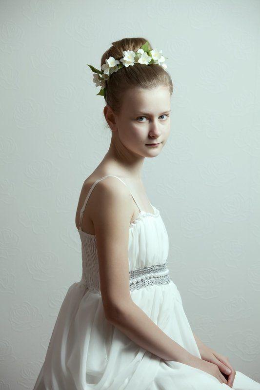 портрет, девочка, цветы, белое, нежность, невинность, жасмин photo preview