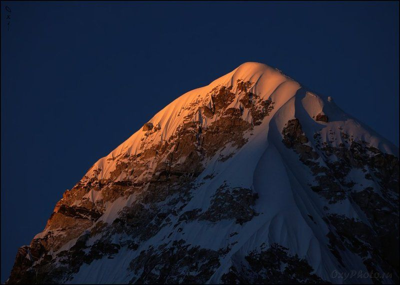 непал, гималаи, трек к бл эвереста, nepal, himalaya, trek to bc everest, пумо ри, pumo ri, Догорает...photo preview