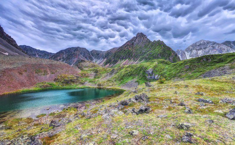 Трубчатые облака в Восточных Саянахphoto preview