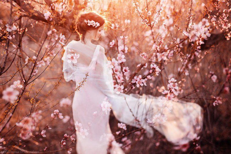 цветение персик весна девушка Вальс цветовphoto preview