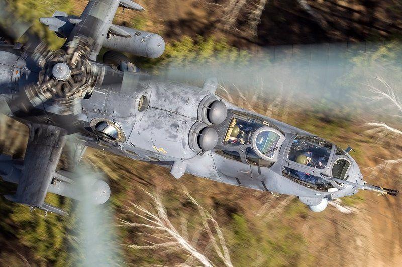 Вертолет, Ми-35, Парад, Победа Рассекая воздушную гладьphoto preview