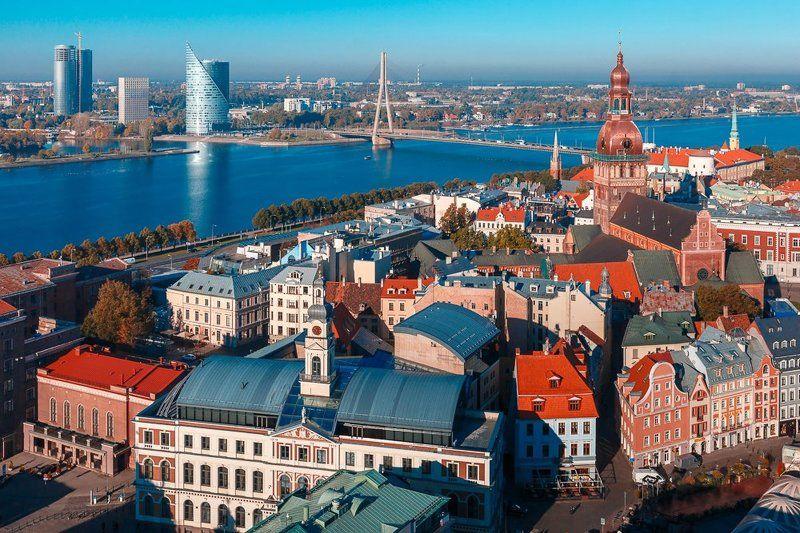Рига, Латвия, Даугава, река, старый город Типичный открыточный вид Ригиphoto preview