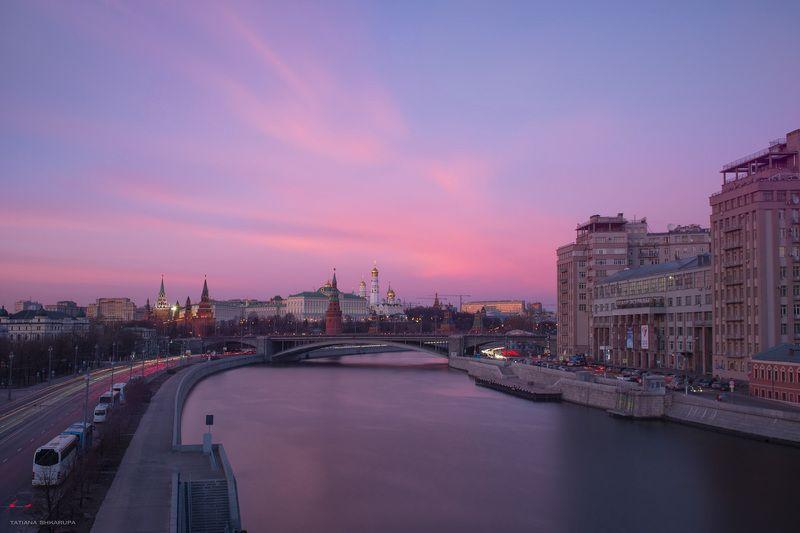 москва, мосты москвы,  Вид на Большой Каменный мостphoto preview