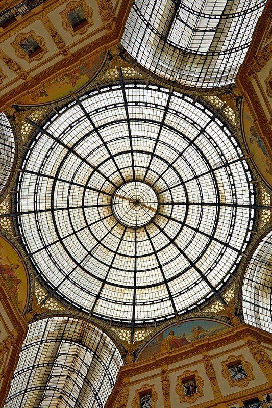 Милан, Италия Миланphoto preview