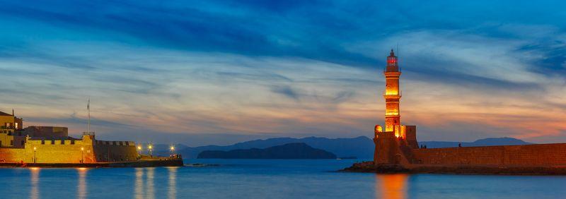 ханья крит греция закат маяк гавань море небо набережная Старая гавань в Ханье на закатеphoto preview