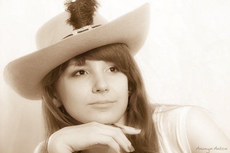 дама со шляпойphoto preview