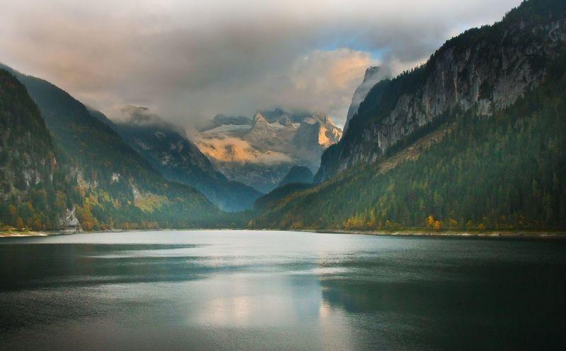 Вечер на озере Госау (Gosau) в Верхней Австрииphoto preview
