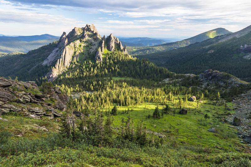 Ергаки, скалы, утро, Западный Саян Каменный Замокphoto preview
