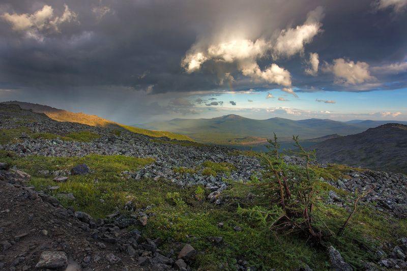 Светящиеся горыphoto preview