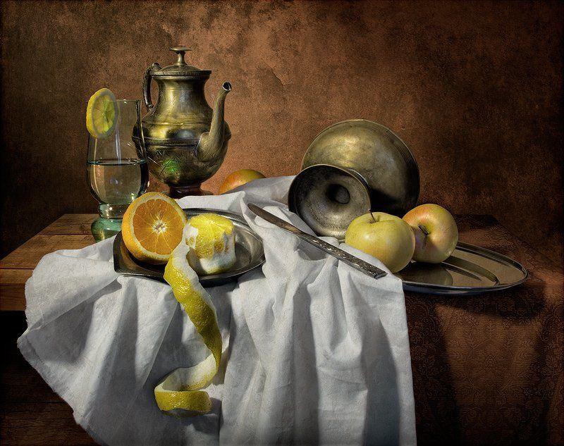 натюрморт, постановка, драпировка, бокал, напиток Напиток на десертphoto preview