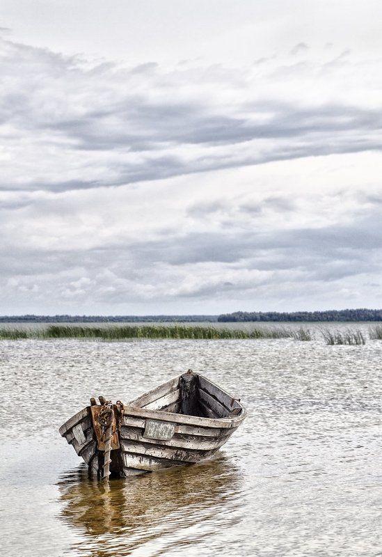 lake, boat, sky, clouds, summer, озеро, лодка, облака, лето, пейзаж, тучи Ожидание...photo preview