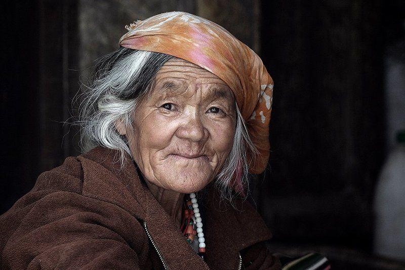 portrait, woman, old, people, ladakh, india, street portrait, oren s ***photo preview