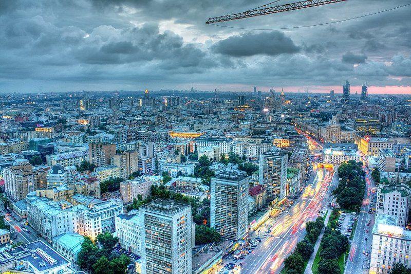 крыша, крыши, город, москва, небо, вечер, закат, облака Город под стальной стрелойphoto preview
