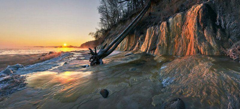 Балтийское море, зима, лёд, рассвет, Заостровье Застывший потокphoto preview