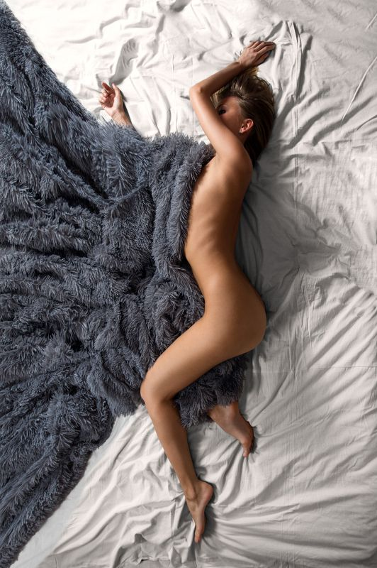 girl, nude, sexy, woman, evening, bed, light, beautiful, cute Eveningphoto preview