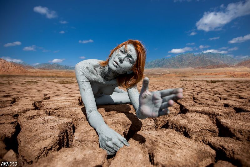 girl, woman, beauty, beautiful, desert, cracks, blue, yellow   otherworldly beautyphoto preview