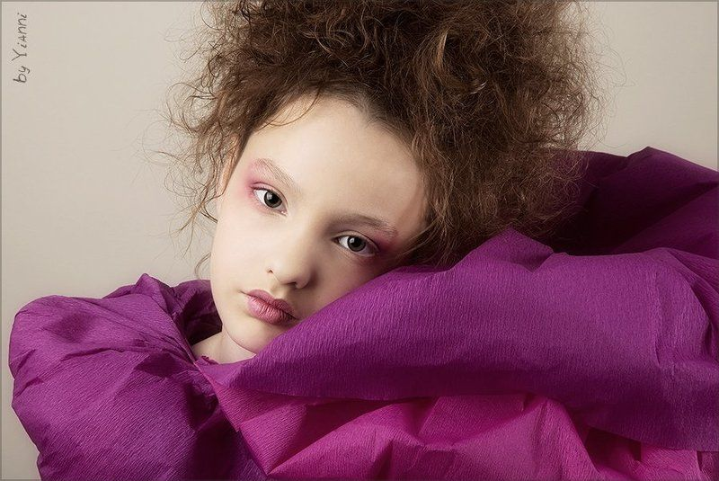 девочка, фуксия, модель Фуксияphoto preview