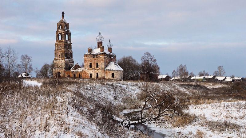 Село Николо-Пенье. Церковь Илии Пророка. Год постройки: 1782.photo preview