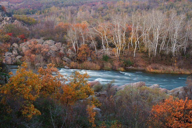 река. осень. пороги. Осенние краски Gipanisa.photo preview