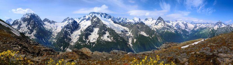В горы пришло теплоphoto preview