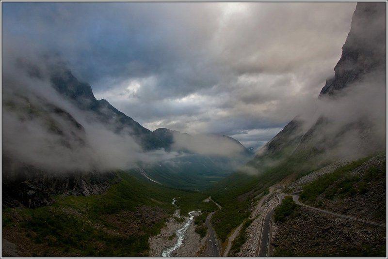 норвегия Дорога троллейphoto preview