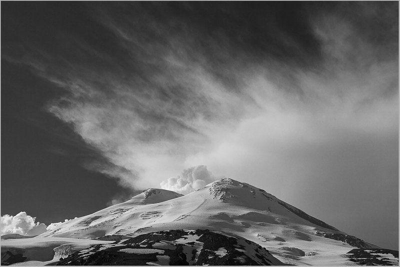 Циклон Эльбруса.photo preview