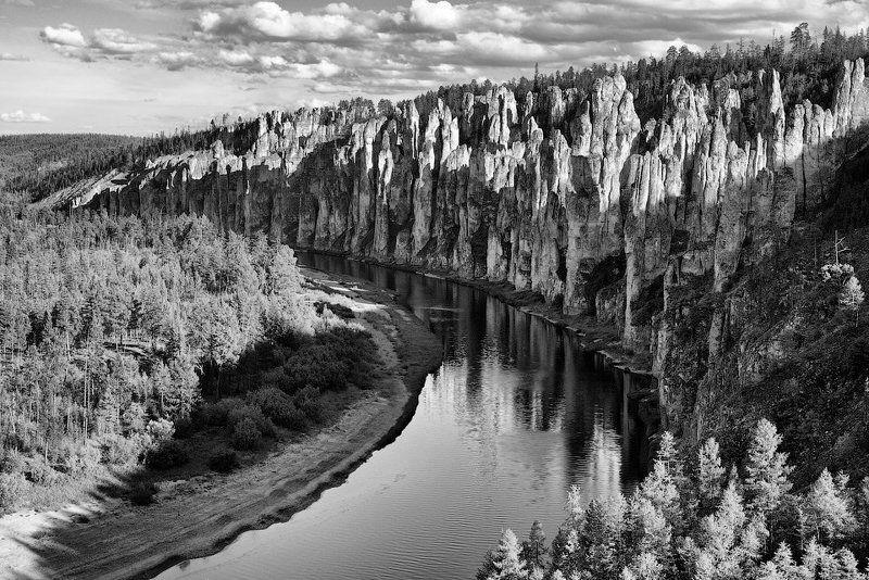 якутия, река синяя, синские столбы, скалы, река, небо, облака, отражения, лес Симфония Синских столбовphoto preview