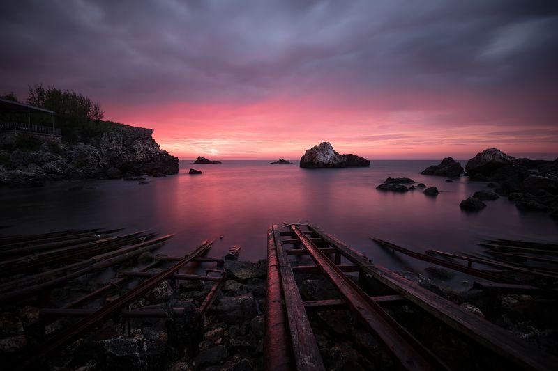 sunrise, bay, sea, rails Залив Тюленово / Tulenovo bayphoto preview