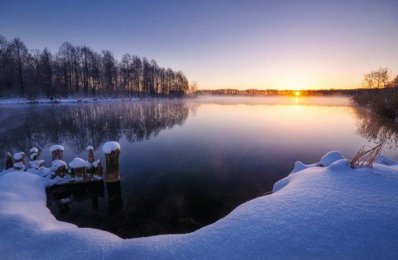 россия, подмосковье, пейзаж, природа, зима, рассвет, утро, мороз, снег, озеро, солнце, небо, вода Морозное утроphoto preview