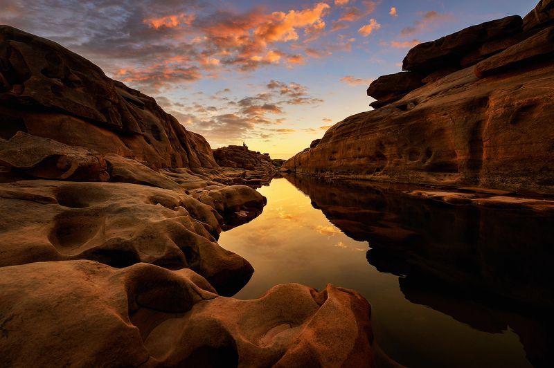 thailand,asia,travel,landscape,thai,river,rock,sunrise,cloud,water,colour Sampanbok,Thailandphoto preview
