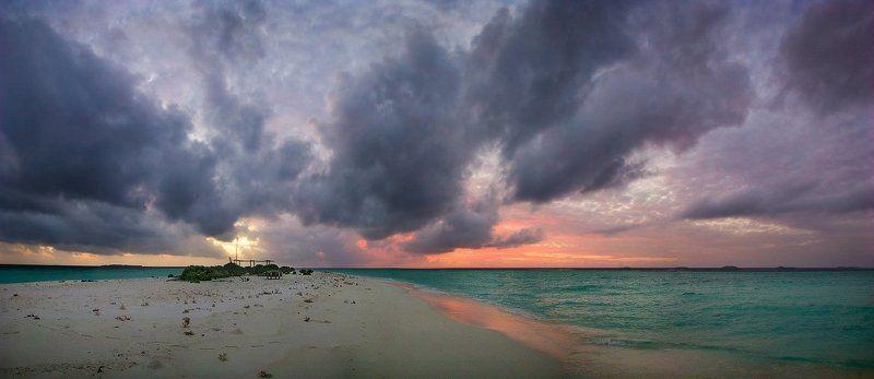 океан, острова, закат, тучи Край светаphoto preview