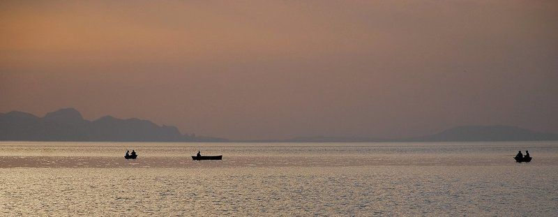 утро, рассвет, лодки, рыбаки, море_черное Рано-рано утром (4)photo preview